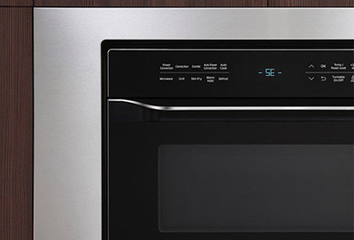 Close-up of a -SE- Key Short Error code on a Samsung microwave